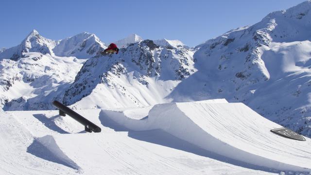 Le Pleynet / Les 7 Laux : le snowpark des 7 Laux offre un cadre de pratique idéal