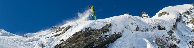 amdzal-forest-skis-pierremarchionni-les-7-laux-montagnes-alpes-05.jpg